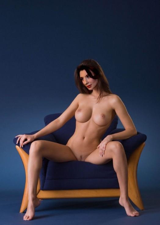 Смотреть голую екатерину стриженову порно 19 фотография