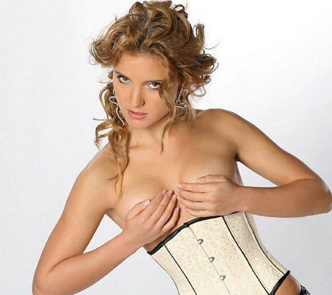 Вы только что посмотрели фото Ирины Тоневой (Irina Toneva) для журнала Spee